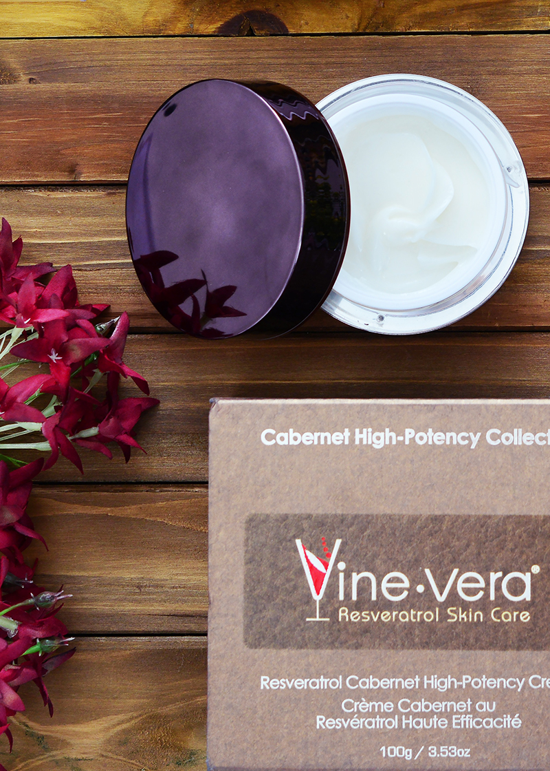 Cabernet High-Potency Cream with background